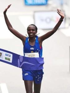 Maurine Kipchumba vence a Corrida de São Silvestre2012 (Foto: Marcos Ribolli / Globoesporte.com)