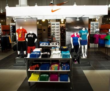 6097361a097 A grande novidade é chegada da Nike Factory Store
