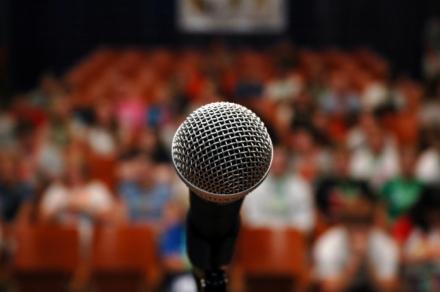 microphone-696x462