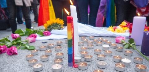 velas-homofobia-protesto-contra-preconceito-contra-gays-e-lgbts-1506114900319_615x300